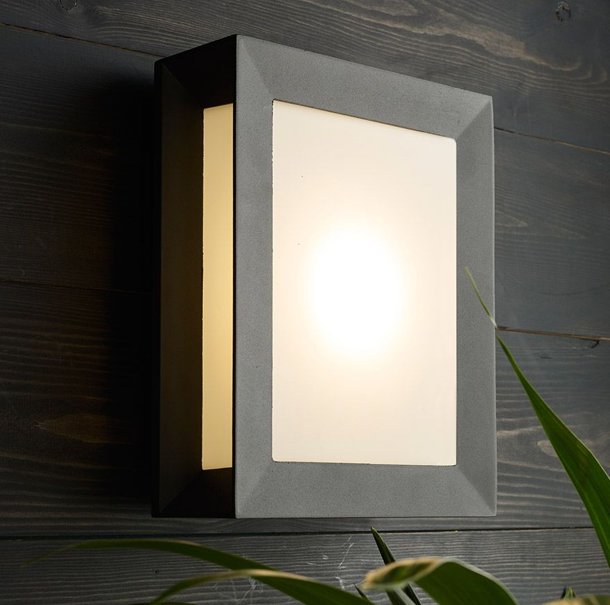 Philips Karp LED Outdoor Wall Light